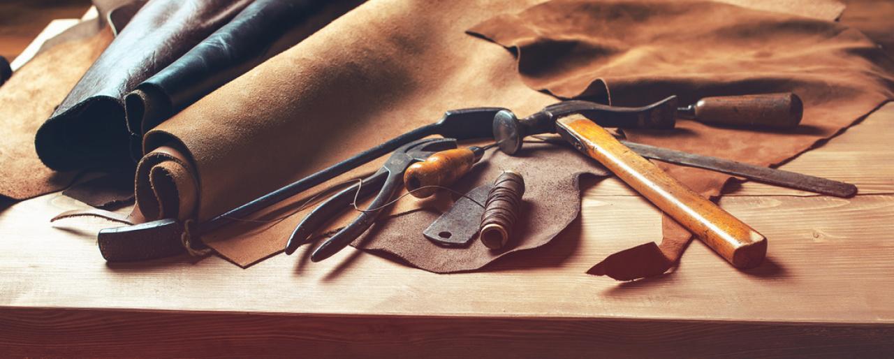 30ebd6e983181 Das Lederlexikon - equipment - ausbildung-und-praxis - Reiterrevue  International